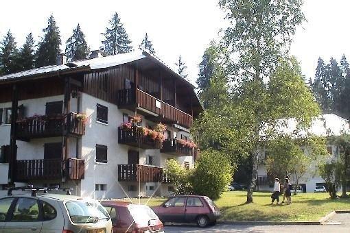 A Verchaix près de Samoêns, appartement de caractère 63 m2, holiday rental in Verchaix
