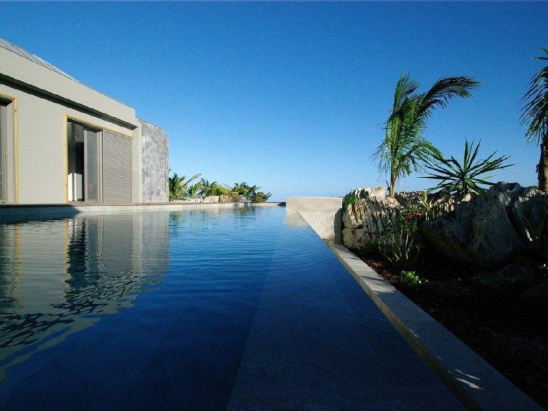 Villa Lagon Vert, belle vue lagon et océan, 2 piscines, tarif 2 ou 3 chambres – semesterbostad i Saint-Barthélemy