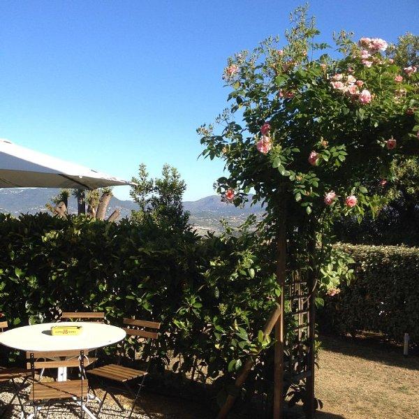 F2 tout confort rez de villa, proximité Mer. Idéale pour couple, holiday rental in Cuttoli-Corticchiato