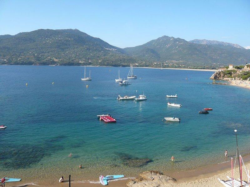 Magnifique T3  sur la plage Vue imprenable sur le golfe du Valinco, vacation rental in Propriano