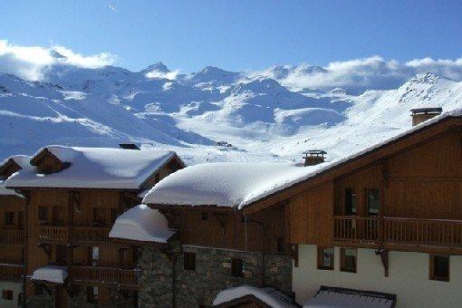 2 Pièces  + Cabine - SUD - Jolie Vue Sur Les Montagnes - Calme, holiday rental in Saint-Martin-de-Belleville