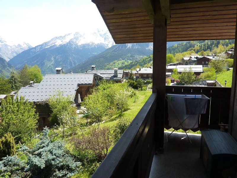 Apartment in chalet in Le Praz, Ferienwohnung in Courchevel