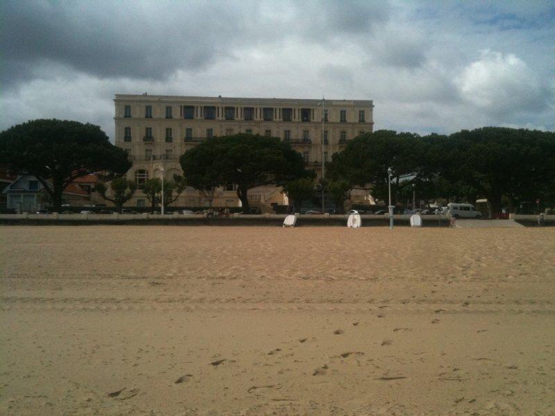 Appartement ds residence classée,vue sur mer première ligne,centre ville parking, vacation rental in Arcachon