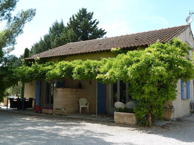 appartements tout confort près de nombreux  lieux touristiques, vacation rental in Saint Andiol