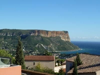 Large Studio 38 m2, sea view, pool, private garage, vacation rental in Cassis