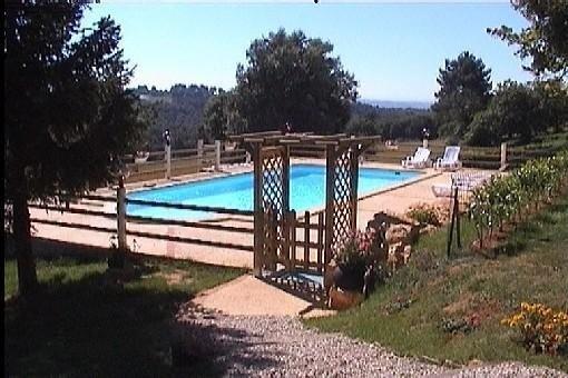 La Grange : maison en pierre avec piscine à 12 km de SARLAT, holiday rental in Saint-Crepin-et-Carlucet