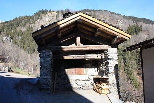 BEAU GITE 4 PERSONNES, vacation rental in Bozel