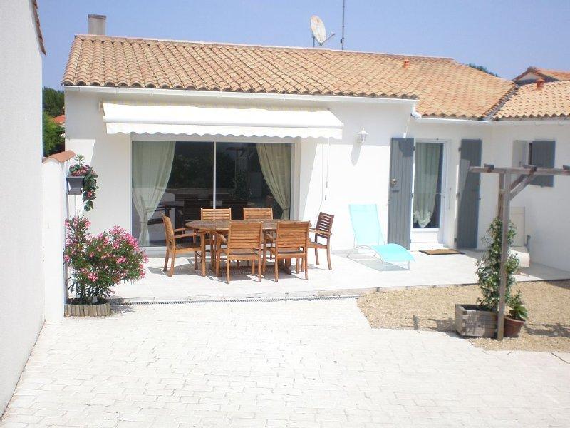 maison  villa commune A la flotte maison classé ***IDÉAL, holiday rental in Ile de Re