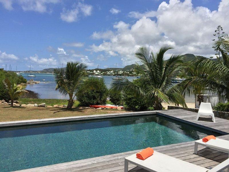 Magnifique vue et accès privé à la baie de Cul de Sac et à l'îlet Pinel.