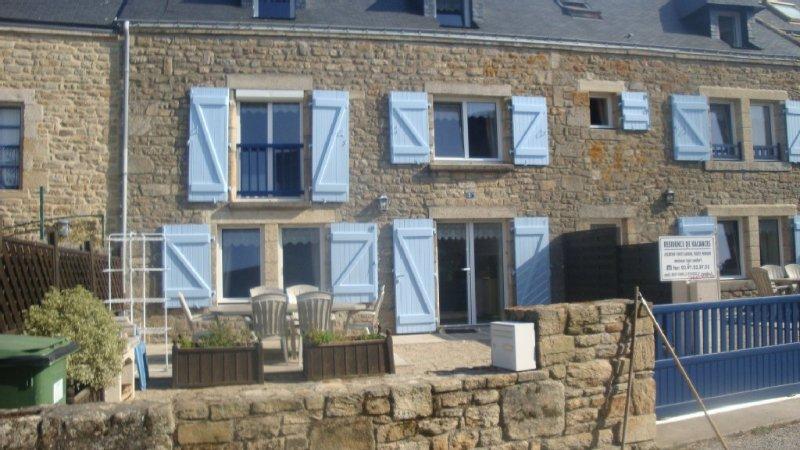 Maison bretonne située dans un authentique village breton de bord de mer, alquiler de vacaciones en Plouharnel