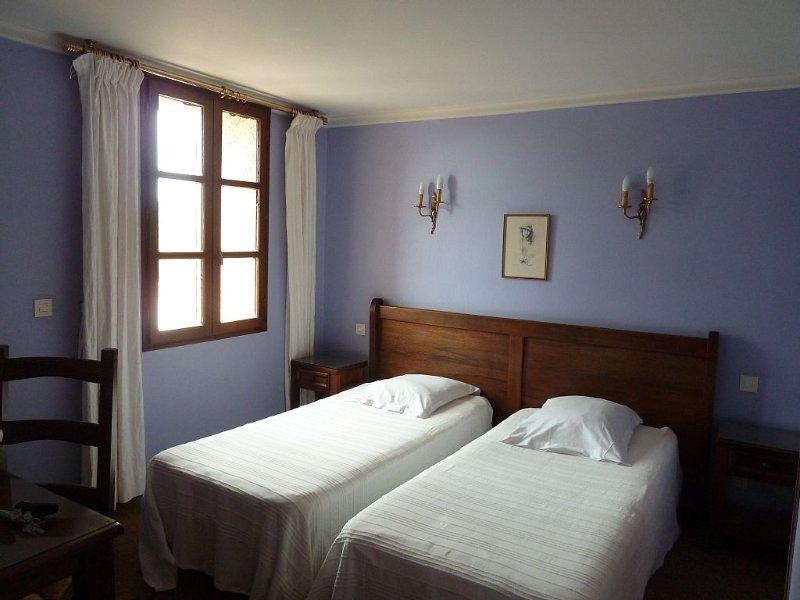 Location maison en Provence au pied du Mont Ventoux, holiday rental in Le Barroux
