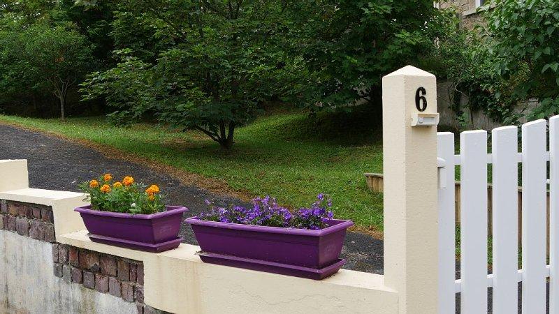 location loft 80m² dans maison individuelle 50 m de la mer, alquiler de vacaciones en Calvados