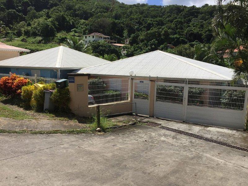 Très beau T2 Tout Confort Climatisé Proche Plage, location de vacances à Trois-Îlets