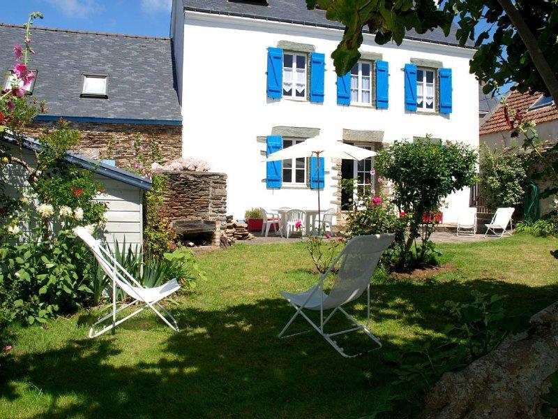 Location grande maison Ile de Groix Morbihan bord mer plage Locmaria 10 places, location de vacances à Groix