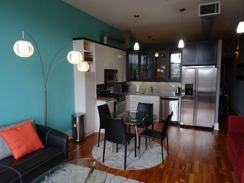 Luxury Condo in San Jose's Upscale Santana Row, location de vacances à San Jose