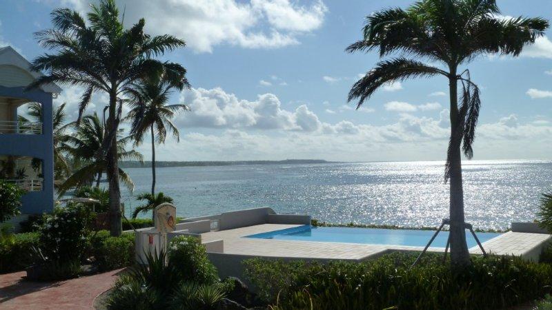 Appartement de luxe en bordure du lagon de  Sainte Anne, location de vacances à Sainte-Anne