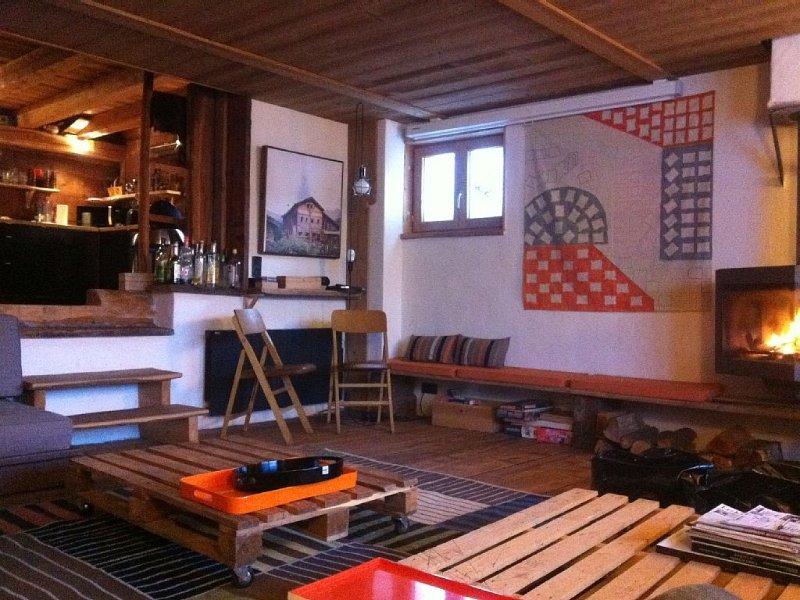 Chalet Queyras, veritable fuste renovee, confort luxe moderne Molines sauna, location de vacances à Molines-en-Queyras