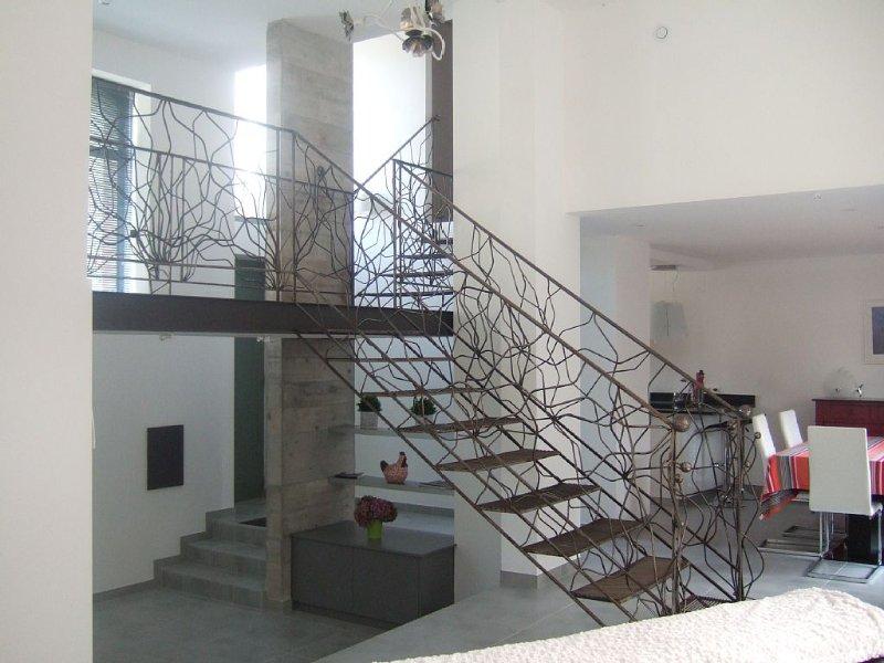 Maison 3 pièces spacieuse et lumineuse, moderne à 300 m de la plage du Sillon., holiday rental in Saint-Malo