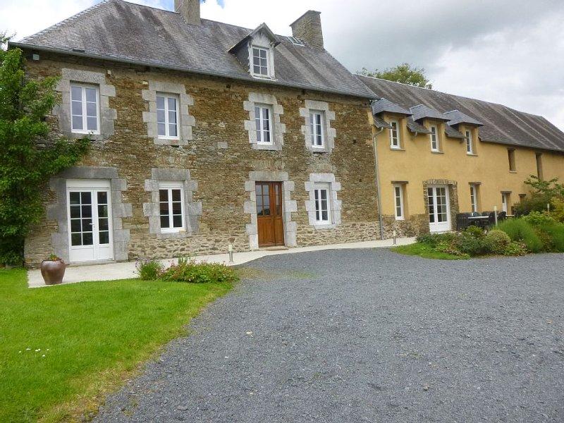 gîte au coeur du bocage normand, grand séjour idéal pour se réunir, casa vacanza a Tessy-sur-Vire