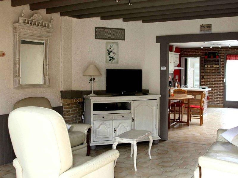 Gîte de style romantique pour 4 à 6 personnes, holiday rental in Courrieres