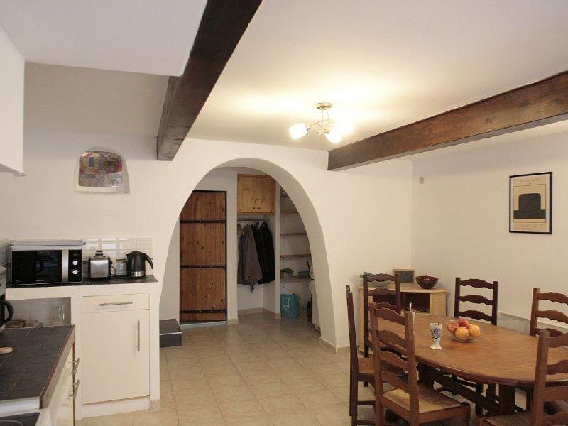 Maison de village de charme, holiday rental in Peyriac-de-Mer