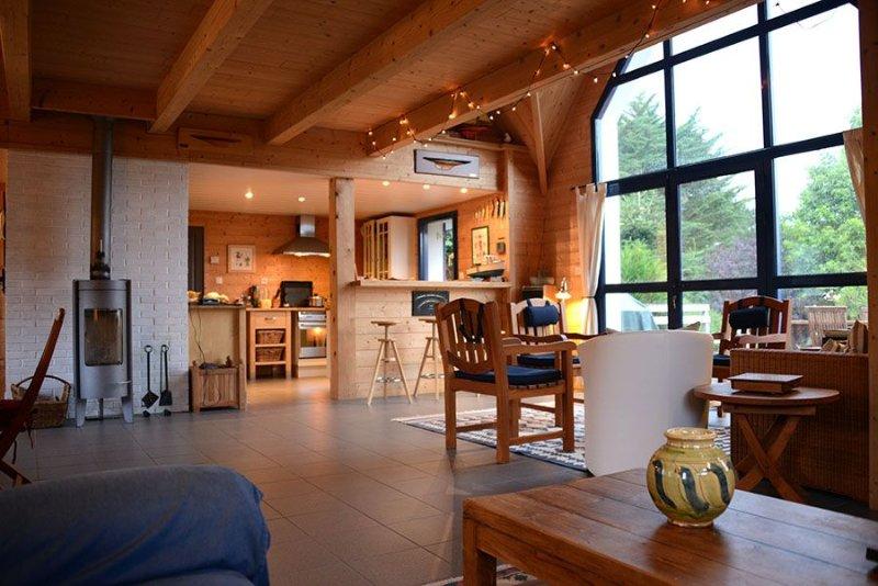 Belle maison confortable et chaleureuse idéale pour découvrir l'île aux moines., location de vacances à Morbihan