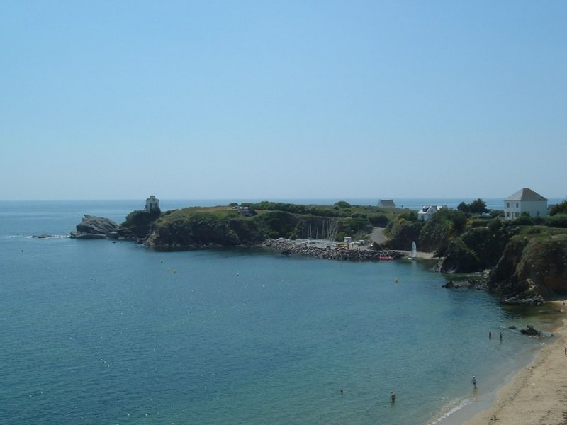 LOC APPT 4 PERS VUE MER PLAGE A PIED LE POULDU FINISTERE SUD, holiday rental in Clohars-Carnoet