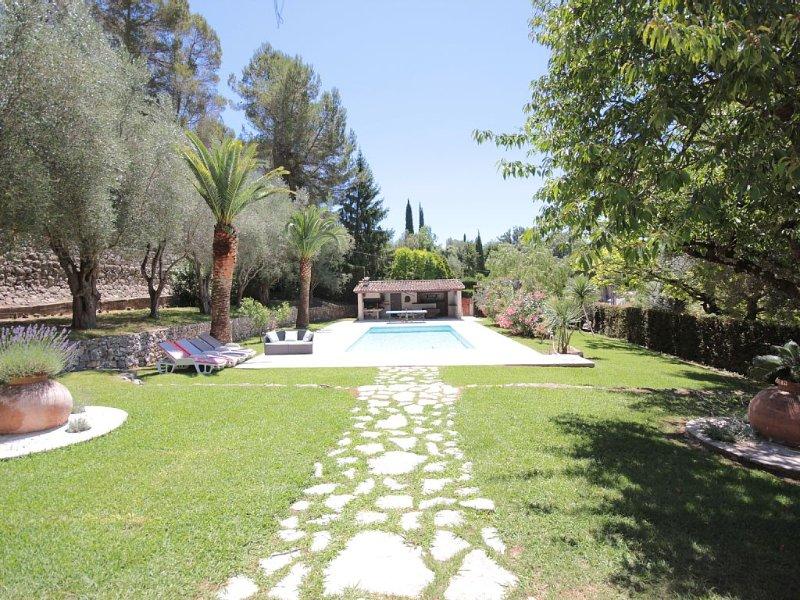 Villa très agréable, confort, calme et campagne à 10 km de la mer, casa vacanza a Roquefort les Pins