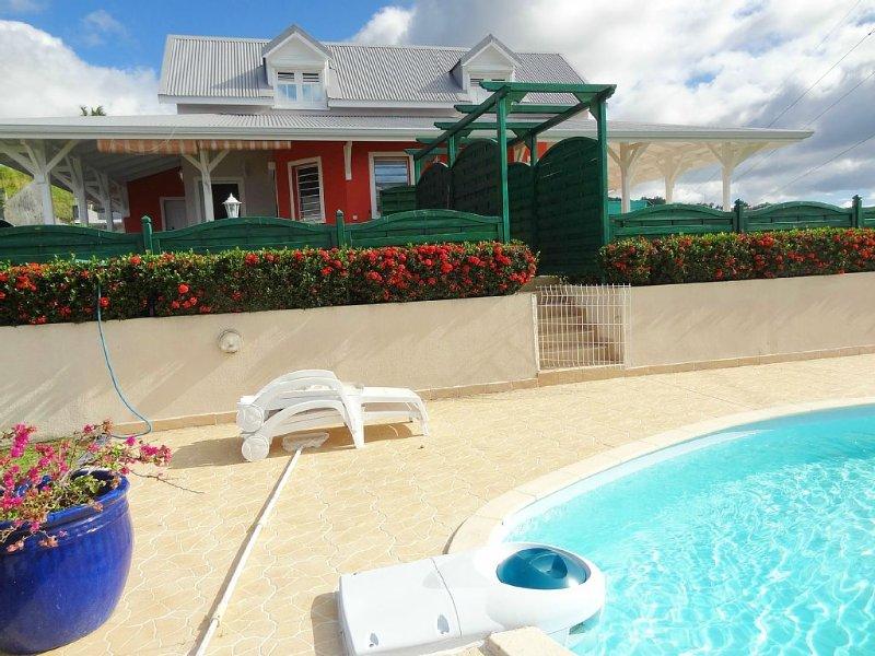 Villa jumelée-Hauteurs de Pigeon-Vue magnifique Rés. Cousteau & Mer des Caraïbes, vacation rental in Guadeloupe
