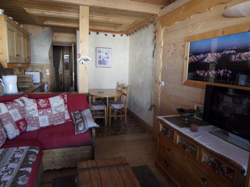 Belle plagne magnifique duplex 6 pers , 3 piéces , style chalet bois, alquiler de vacaciones en Plagne Bellecote