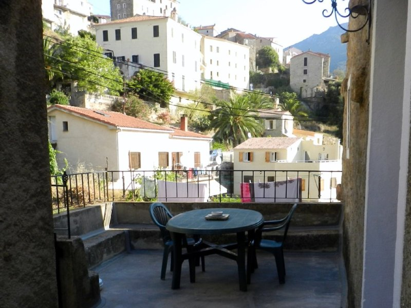 Appartement de 72 m2 dans maison en corse, vacation rental in Sollacaro