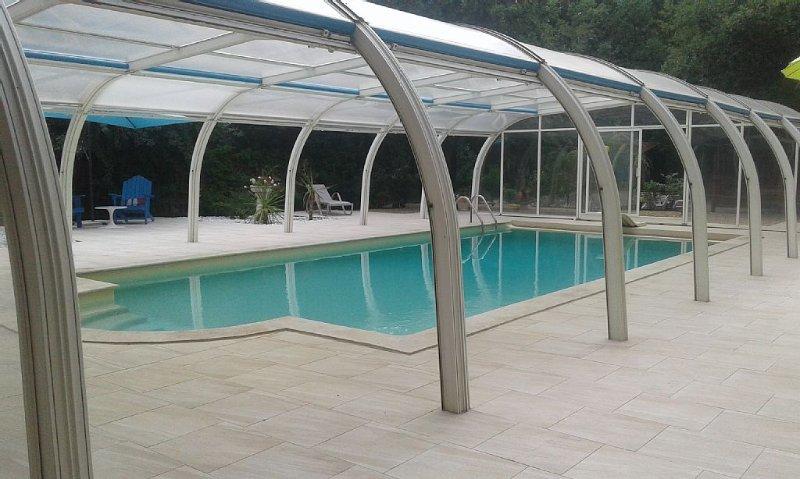 Petite maison independant avec piscine à TRANS EN PROVENCE, holiday rental in Trans-en-Provence