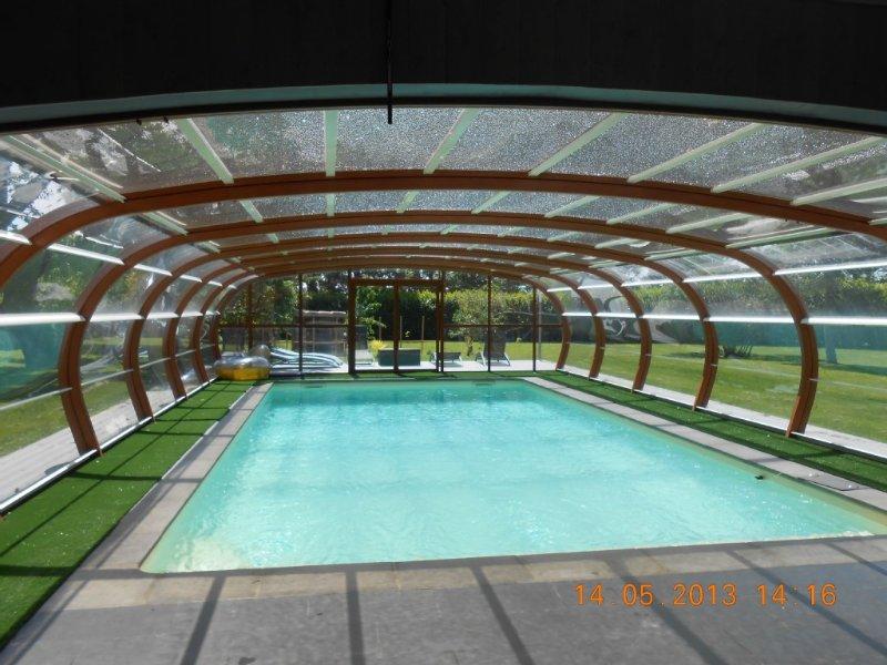 Promotion Pigeonnier authentique avec piscine chauffée dans parc de 15000m², casa vacanza a Marsolan