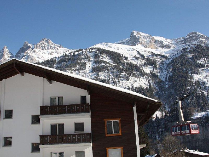 Appartement de vacances en station de ski des Portes du Soleil, casa vacanza a Champery