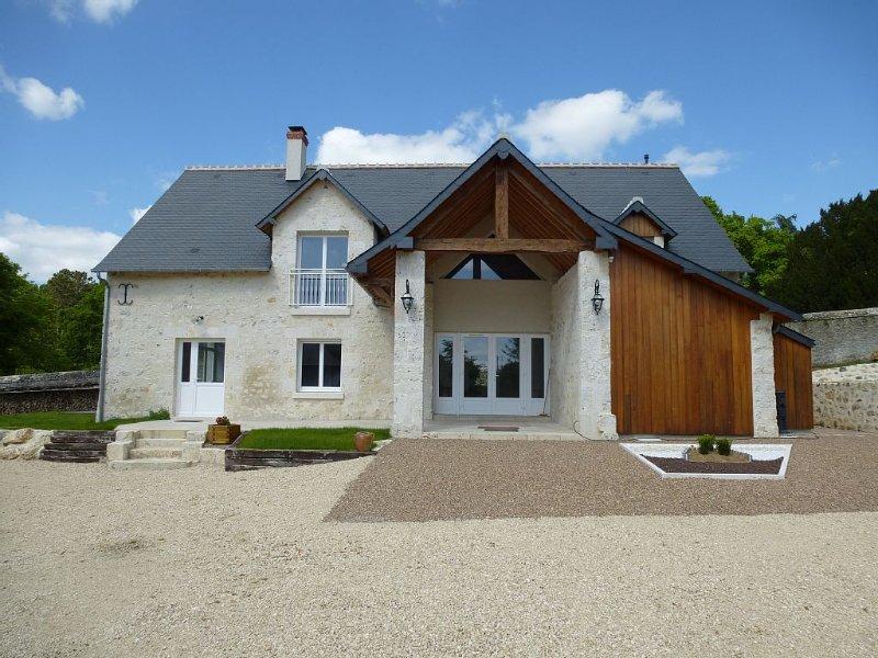 GÎTE SPACIEUX  A PROXIMITE  DES CHÂTEAUX DE LA LOIRE ET A 1 H DU ZOO DE BEAUVAL, holiday rental in Champigny-en-Beauce