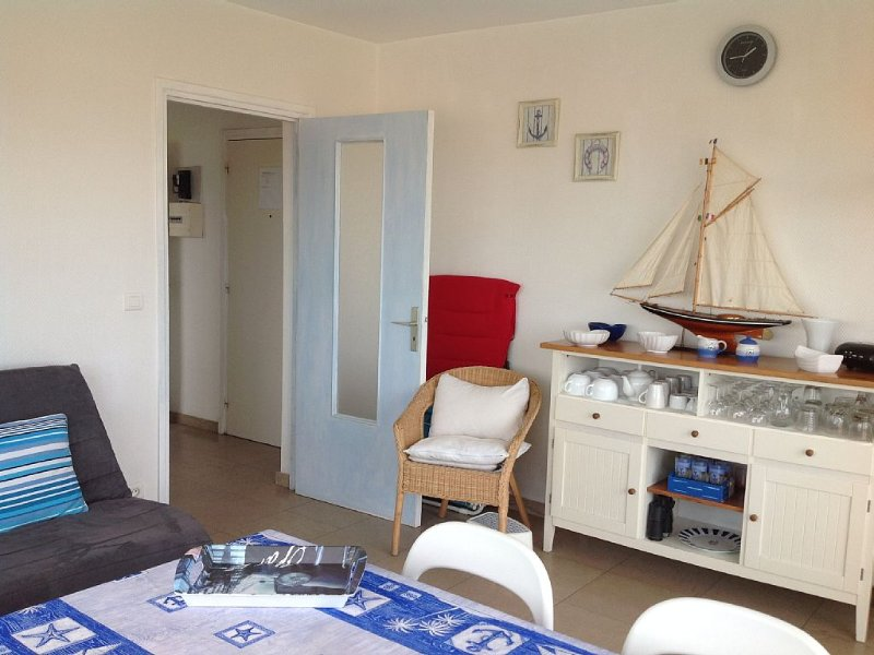 Touquet, VUE EXCEPTIONNELLE FACE A LA  MER avec terrasse, très bien placé, vacation rental in Le Touquet – Paris-Plage