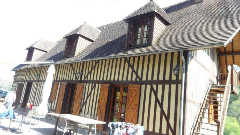 Villa proche du bord de mer pour dix personnes à 6 minutes de Honfleur, alquiler de vacaciones en Eure