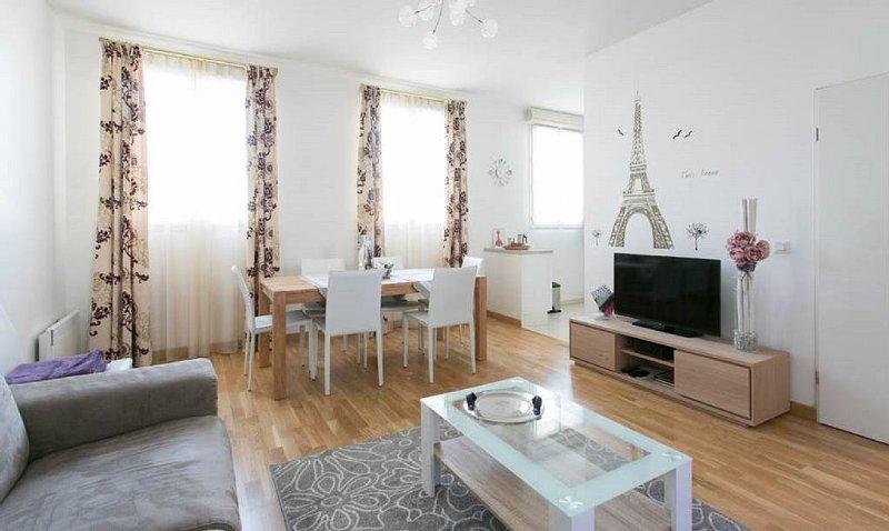 Spacieux appartement 7pax Disneyland Val d'Europe 10mn (ELBE1), vacation rental in Serris