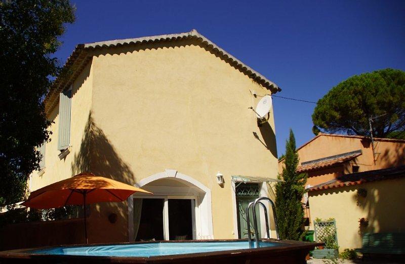 Villa provençale typique, recemment restaurée, holiday rental in Les Arcs sur Argens