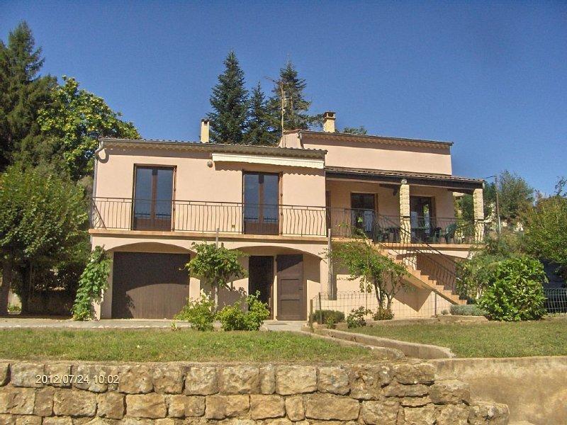 Sud-Ardèche: un séjour nature et soleil: réussite  assurée de vos vacances, holiday rental in Beaumont