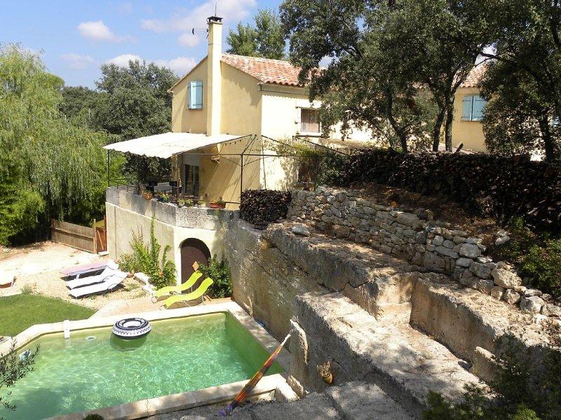 Villa de caractère ENTOUREE DE VERDURE - Calme, nature et bien-être garantis, casa vacanza a Restinclieres