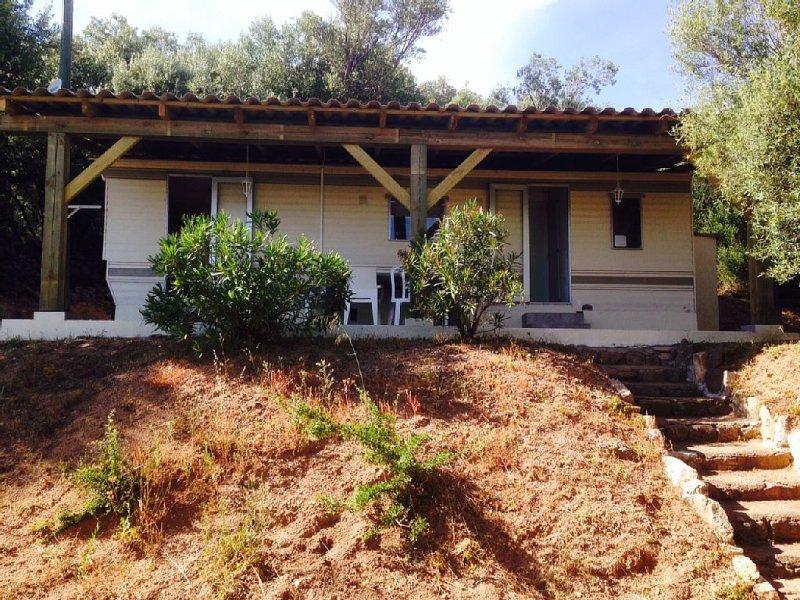 Mobil-home à Figari au Hameau de San Gavino, vacation rental in Figari