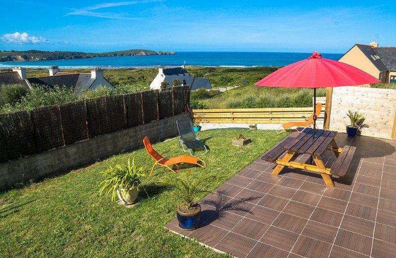Maison vue mer, plage à pied, wifi gratuit – semesterbostad i Crozon