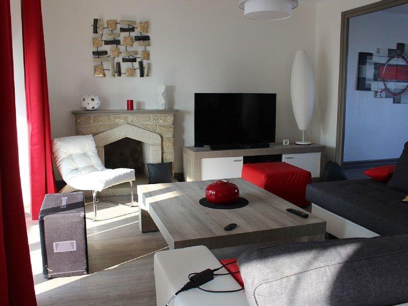 Maison de 135 m2 à deux pas de la plage et du port du GUILVINEC, holiday rental in Treffiagat