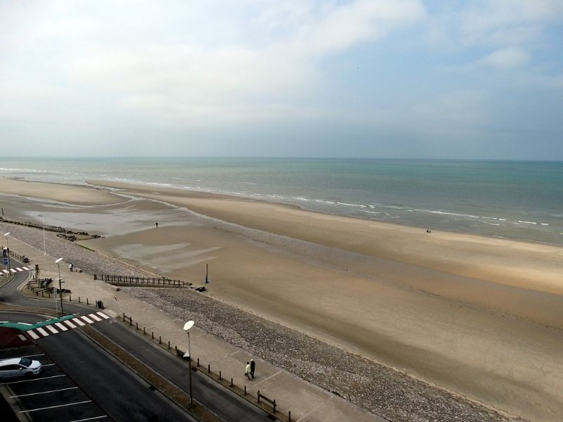 Superb sea-front 2-exceptional neat-view rooms-66m2-decoration, alquiler vacacional en Equihen-Plage
