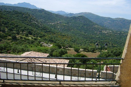 Charmante Maison de village a corbara, location de vacances à Pigna