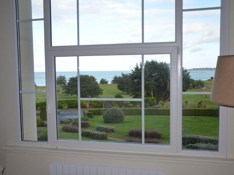 Appartement Duplex à proximité de la plage et du golf. WIFI gratuit., alquiler de vacaciones en Matignon