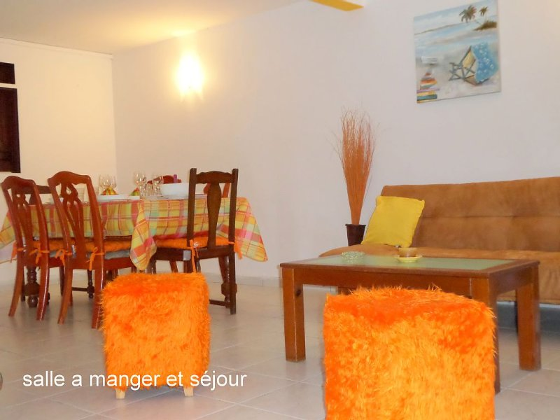 Bas de villa tout confort T 3, vacation rental in Gros Cap
