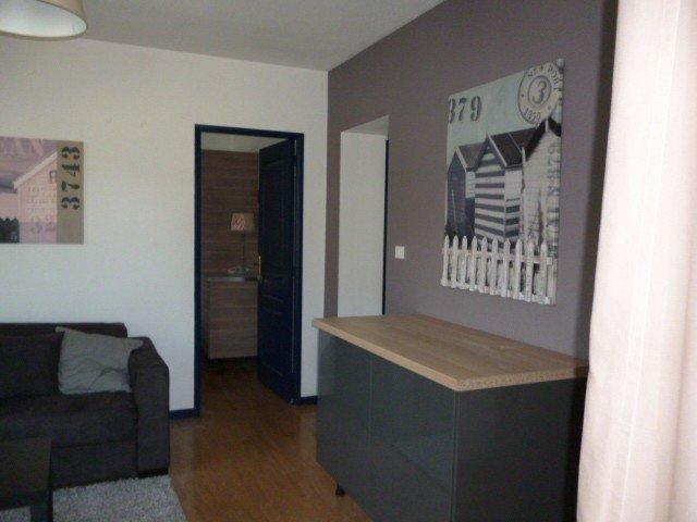 Appartement, avec parking et balcon, proche de la rue piétonne, vacation rental in Thonon-les-Bains