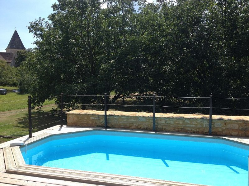 MAISON AVEC PISCINE PRIVEE AU COEUR DU PERIGORD NOIR, vacation rental in Archignac